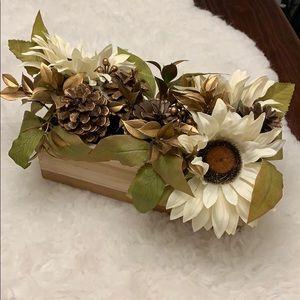 Other - Gold flower arrangement